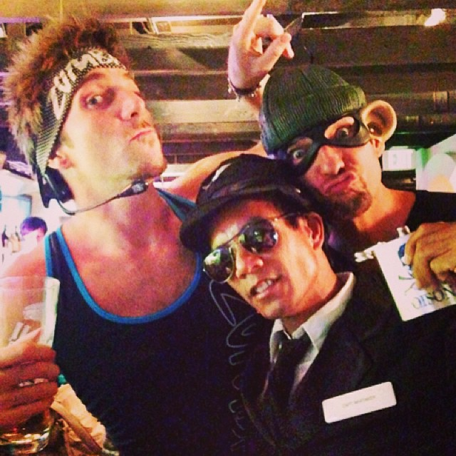 #zumba, the robber and your  captain. #waikiki #haloweenie. Thank you for photo @lorynlulu