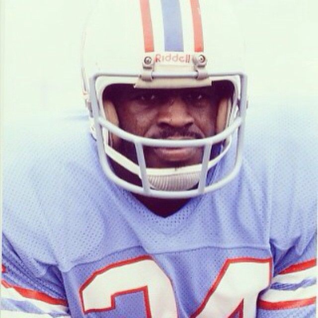 Earl Campbell was a Houston Oiler. Matuse suits are made from Limestone Geoprene rather than oil-based Neoprene #lovematuse