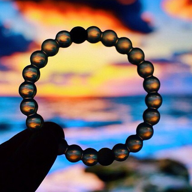 There's no such thing as a simple sunset #livelokai  Thanks @hannahparker24