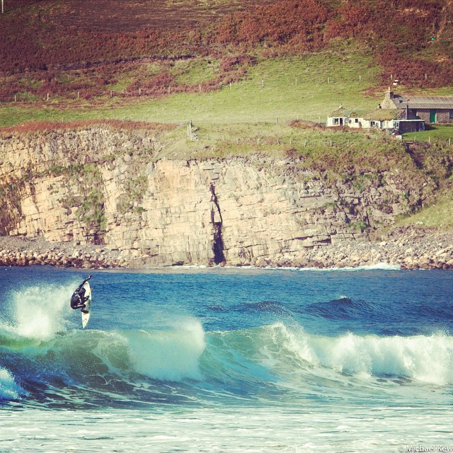 @djones___ running the Hooded 543 Tumo in the Orkney Isles PC @peatheadq #lovematuse