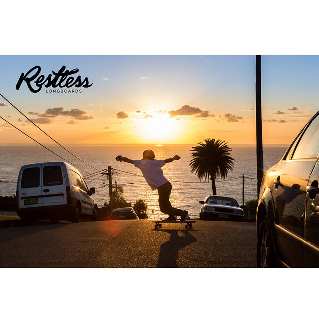 Team rider Louis and Jay are in Australia for 8 months escaping the cold winter here in Canada. They will provide us amazing pictures like this one every week! Photo by @chatelierr ! #restlessboards #restlessinaustralia