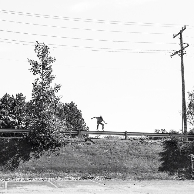 @vacationtonowhere shot of @ale_cassh #5050tobank from #issue32 #steezmagazine #bondo #gaurdrailskatesesh