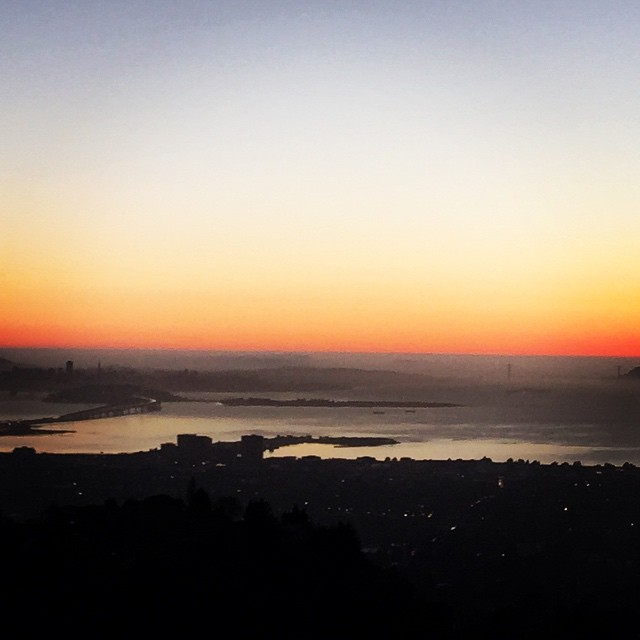 When the lights go down in the City and the sun shines on the Bay - view from Berkeley #sanfrancisco #sunset #sunsetchaser #viewsfordays