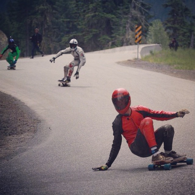 Team rider @chaggy._ at whistler this past year, followed by @snack_skates going into the big corner. Photo by @eridanusmedia  #longboarding #longboard #whistler #whistlerlb #whistlerlongboard #whistlerlbfest #unkle #racing #idf #idfworldcup #canada...