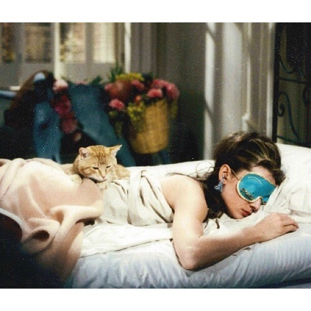 Bye bye #sleep #audreyhepburn #film #movie #breakfatattiffanys #tiffanys #cat #alone #night #saturday #bed #dreams #hollyg