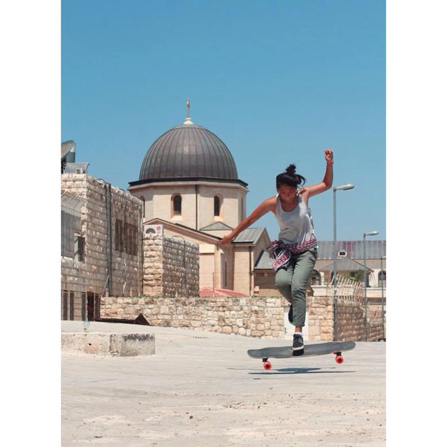 OPEN worldwide premiere this Friday 17 during the @madridskatefilmfestival. Get stoked!  @cindyzskates skating #Jerusalem rooftops shot by @kateslynne  @loadedboards @orangatangwheels @calibertrucks @gformprotects  #longboardgirlscrew #girlswhoshred...