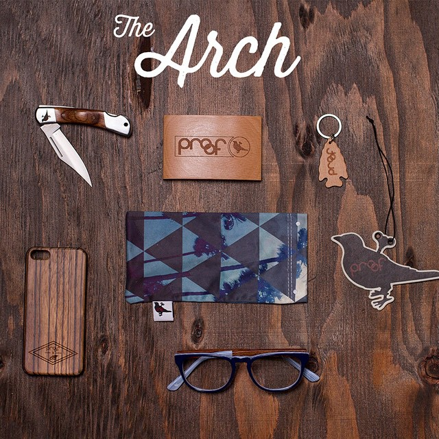 The Arch - A simple design that comfortably arches to your leg to save space & create strength. The Arch design allows your cards to fit properly into the wallet while securing your valuables from slipping out. The curve design secures the contents...