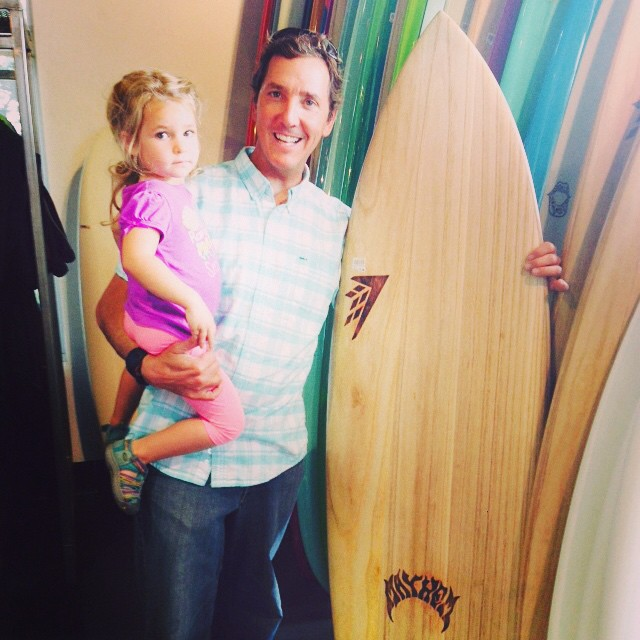 Brought the fAm down to Santa Cruz to enjoy the Fall swell and the Firewire Demo van, loaded up with ECOBOARD Project boards at Pleasure Point this morning :) Wanna to find your own in SC like this @mayhemb3_mattbiolos  Lost/Mayhem designed V2 Rocket?...