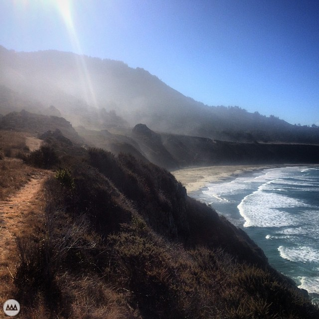 Found a private swell on last week's drive up Highway 1. It was breaking nicely about 100yds to the right of this picture. Mountains are just too sweet to not include.  Place: Sand Dollar Beach, Los Padres National Forest (South of Big Sur), CA