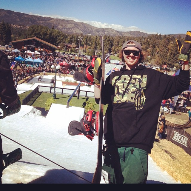 Our homie @lukehaddock took 3rd at #HotDogsandHandRails today.  #hdhr #MittLife