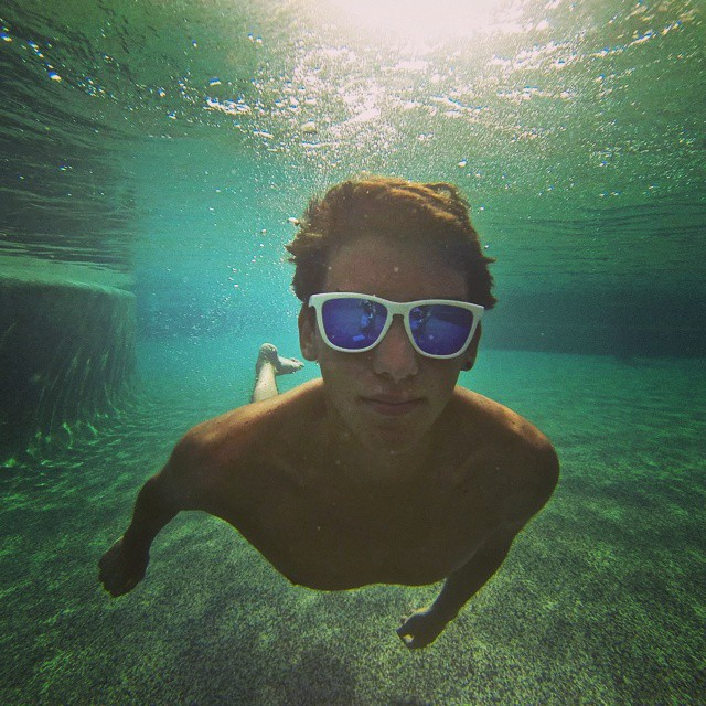 @eloylino17 in between wearing the Alpine || #nectarlife #enjoymore #nectarshades