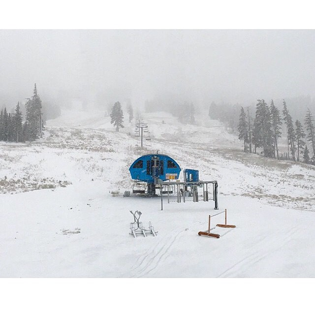 #regram @mtbachelor Oregon is getting some early snow! Winter is coming... ❄️