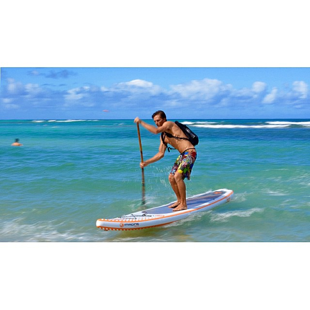 When in doubt don't paddle out  #wiseguides #wavesNwisdom #hurricaneana #surf #showupandblowup @imaginesurf #imaginelifestyle #itakebioastin #authenticityisnotdead #irideirecycle #ArtOfBoard #teambioastin #navitasnaturals #konaboys #rareform #kaenon...