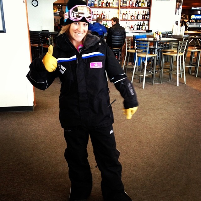 @vailmtn Opening Day gets a thumbs up from from our friend & lift dispatcher @katiecportz #winterishere #thinksnow