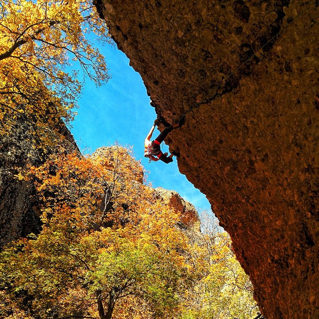 #ThisIsMyBeach | Cofounder @justindbingham scales a 5.12b in Maple Canyon! Where's your beach? Tag a Friend that rock climbs! Or Hashtag #Kameleonz on your own climbing pics! #WheresYourBeach #RockClimbing #PetzlGram @petzl_official #FallFashion...
