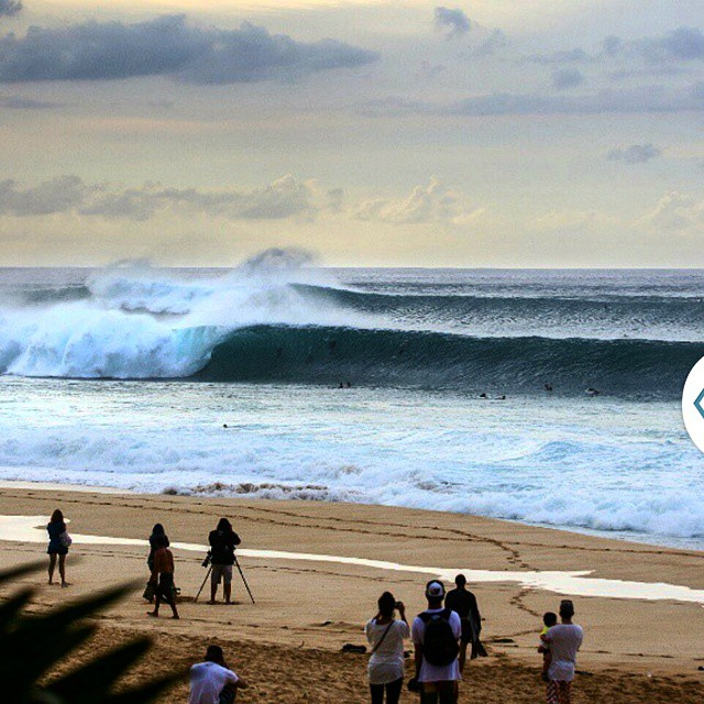 Pipemasters just around the corner... stoked!!! #himinded #maui #hawaii #surfcompany #wave #surfapparel #aloha #808 #stoked
