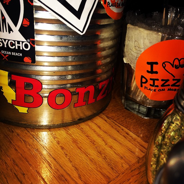Noriega pizza in San Francisco's Sunset district employing skateboarders and representing Bonzing!  #skateboarding #sanfrancisco #bonzing