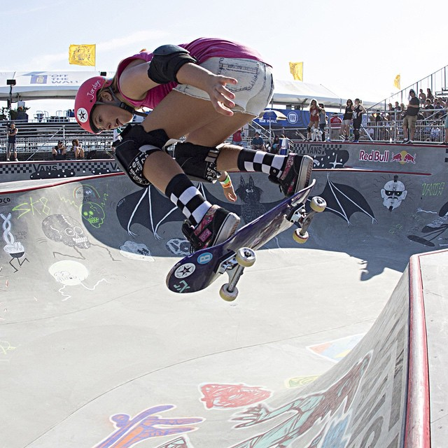 @jordynbarratt, backside ollie at the 2014 #VanDorenInvitational in #HuntingtonBeach.