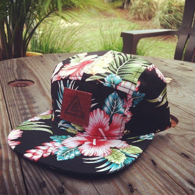 """One off wed""  the hang ten 5 panel with a burnt red branded leather patch. This will be the only one with this specific patch. Claim it now... Email info@mystz.com #stzlife #aloha #5panel #limited #oneoffwed #oneoff #rightcoast #happyshredding"