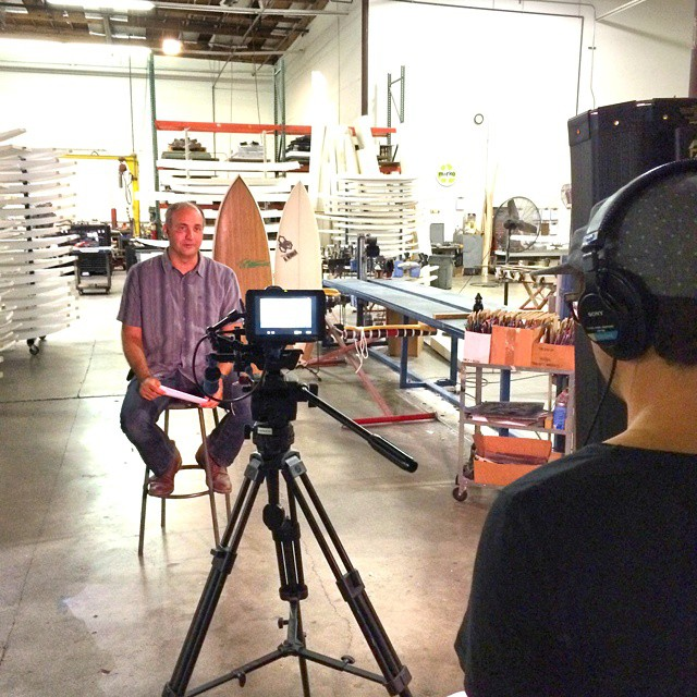 Co-founder Kevin Whilden on the set of the new Waste To Waves film at Marko Foam. It will be released soon and show how a recycled blank can be made into a high-performance board shaped and surfed by Rob Machado. Thanks to: @vodafilms for the killer...