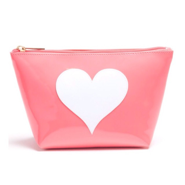 We L O V E this Watermelon Pink LOLO make-up pouch from @PaulaandChlo just featured in @peoplemag #stylewatch, with 100% of the profits being donated to #B4BC!! Check out this and the rest of their #breastcancerawareness line at www.paulaandchlo.com to...