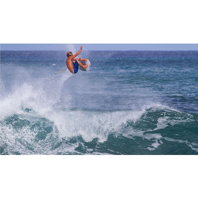 @ParkerCoffin is catching HUGE air in Oahu. (