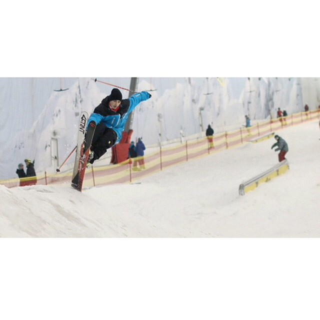 @valerynozdrin in the freesoul 10 and @4frnt_skis switchblade