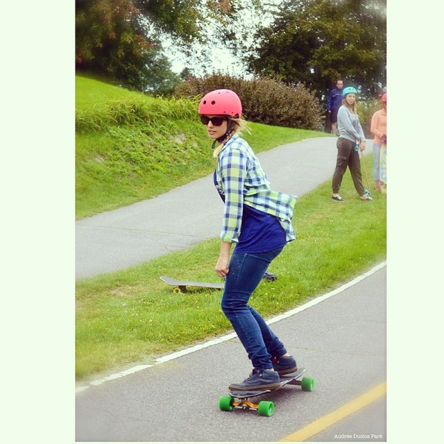 The lovely Cassandra Duchesne teaching a Chicks on Boards clinic in #Montreal, Canada. #xshelmets #restlessboards #longboard #oakley #oakleyactive