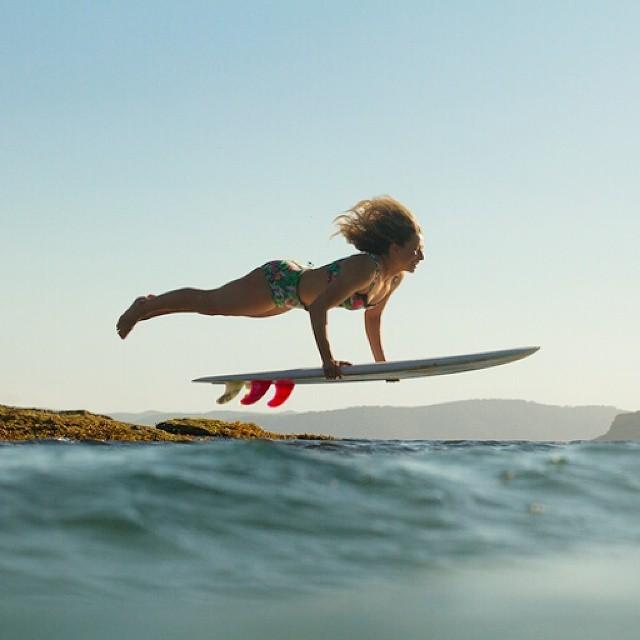 #AkelaSurf  #SurfSwimwear  Tropical bikini photo @girlsurfnetwork