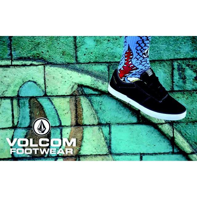 Conquista las calles con #VolcomFootwear pasa por #VolcomSotres y conoce la colección completa. #VolcomDotBaires #VolcomAltoPalermo #VolcomUnicenter #VolcomPalermoViejo y muy pronto #VolcomRodriguezPeña