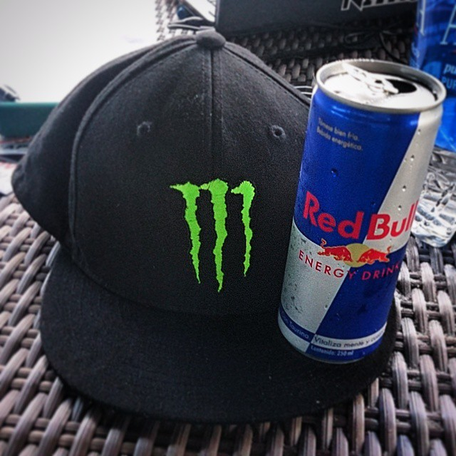 #energydrink #battle #redbull vs #monster #puntachame #panama