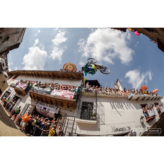 This massive front flip just landed @AntoineBizet best trick at the Taxco DH Urban Race. Can't wait to see some POV footage. |
