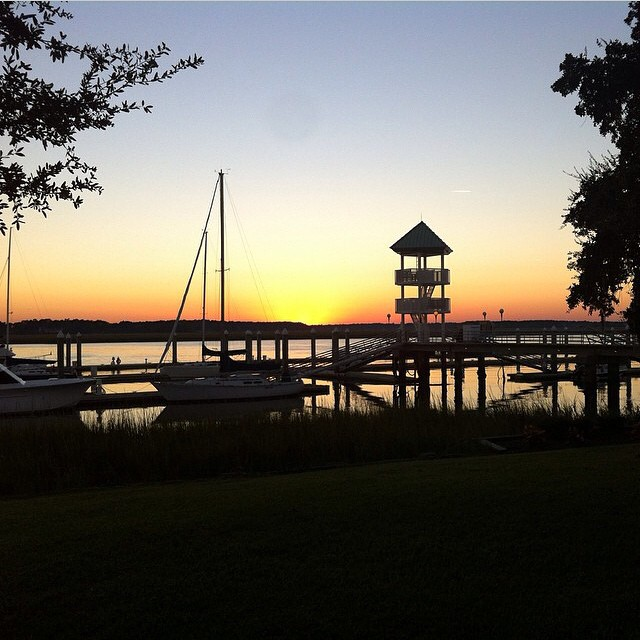 Live from Savannah...thanks to our brand ambassador @jaylenkate ! #sunset #miola #muse #getoutthere #savannah