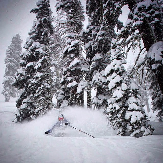 It snowed in Tahoe... Not this much, but this how life should be @squawvalley. Skier: @aengerbretson PC: proud papa @skicamguy