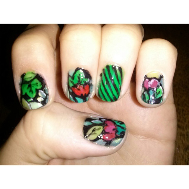 Pinta la vida en colores. #art #nailart #nails #uñas #colours #instaart #loveit