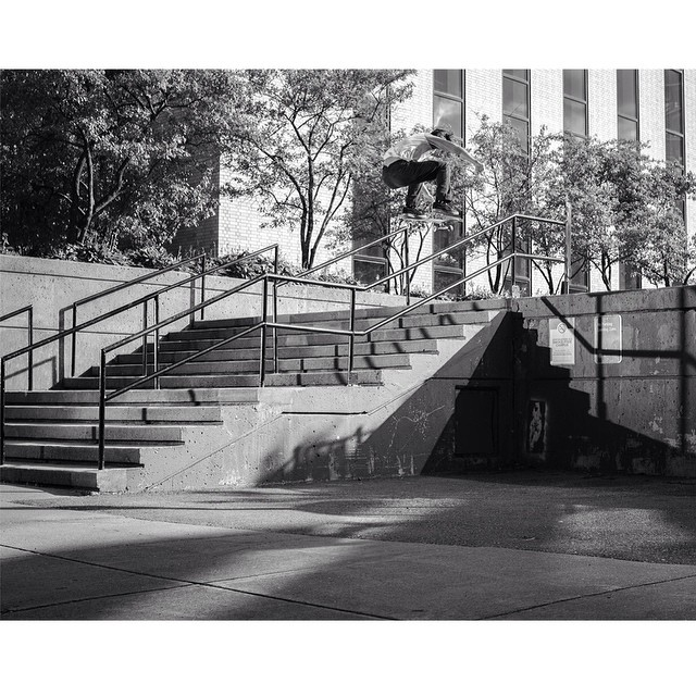@julianlewis1 stomped this huge #back180 for #issue32 #steezmagazine shot by @rickyapontephoto #skateboarding