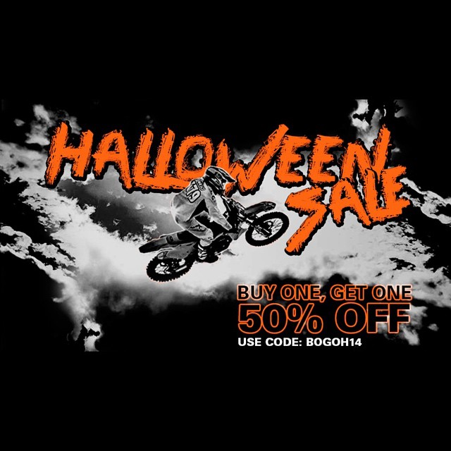 Limited time only! Buy One, Get One 50% Off. Use code: BOGOH14 #hovenvision #bogo #halloween #moto #sunglasses #hoven @johnnywasco