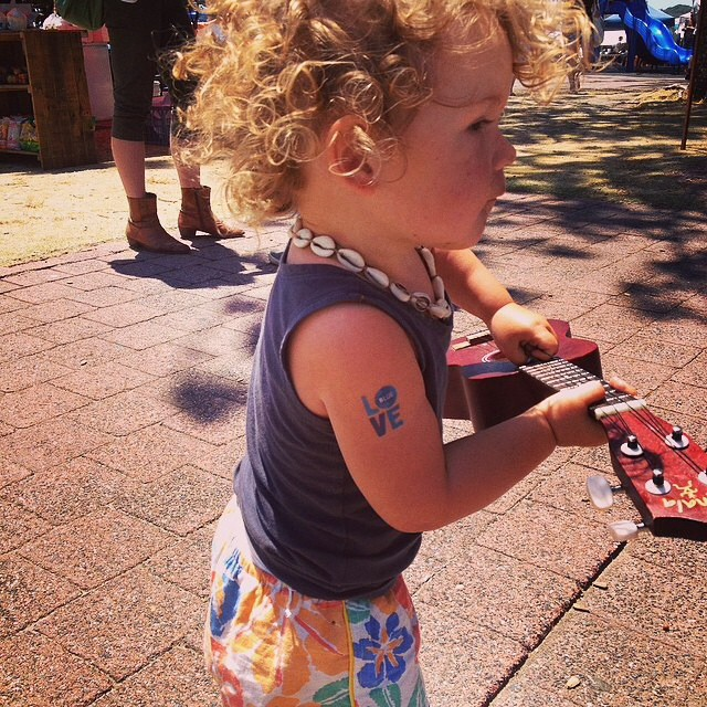 Our smallest @1percentftp fan is also a musician! #Regram thanks to @maxtischler at the Byron Bay surf festival! #loveblue