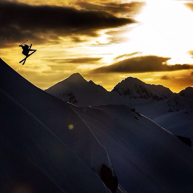 """Nice silhouette"" is a ridiculous understatement. ""Cool jump"", also a severe understatement. Panda athlete Cody Barnhill overstates some terrain in Alaska's Chugach Range last season while on assignment for Dynafit N. America... #TRIBEUP..."