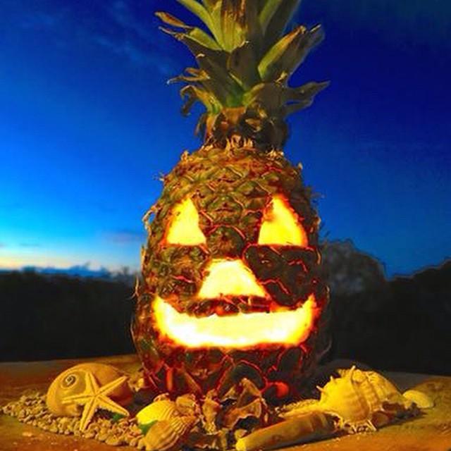 Happy island style Halloween!