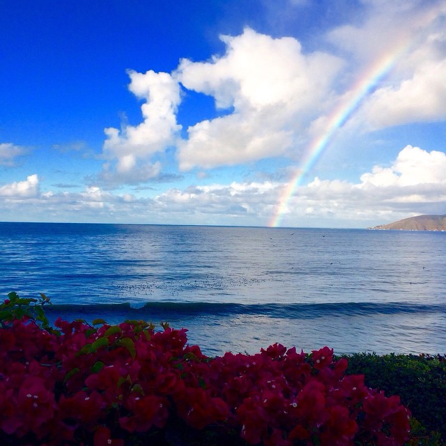 Beautiful rainbow after the rain (via Andrew Brown) — at Shell Beach #california #goFlow #Rainbow #rain #Saturday #Weekend #Chill