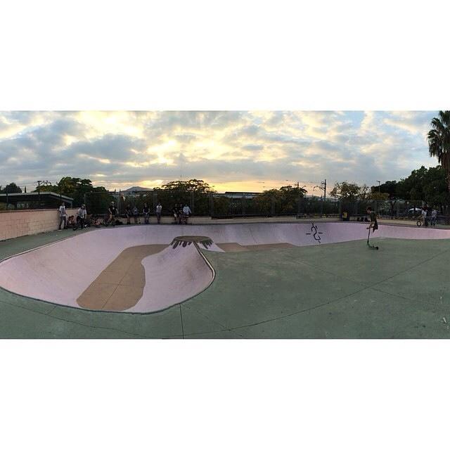 @ikibmx está en Barcelona y hoy fue a conocer el skate park de Sant Feliu