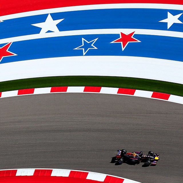 Things are heating up in Texas! #DanielRicciardo @RedBullRacing #InfinitiRedBullRacing #USGP #F1