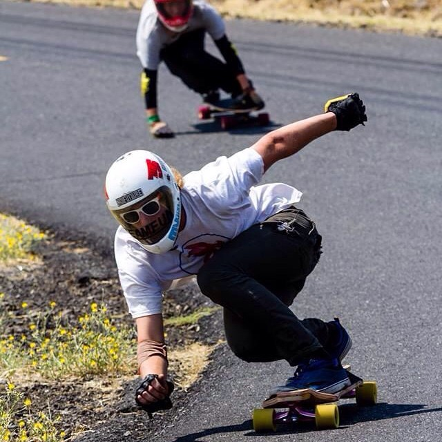 Team rider @2bular stylin through a corner at maryhill.  #nobull #teamnobull #iliffe #iliffetruckco #iliffetrucks #maryhill #longboarding #maryhillfreeride #transplant #yoloswaggins #duckrace #dbduckrace #dblongboards