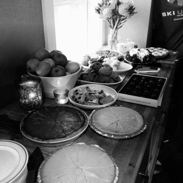 Happy Friendgiving. #friendsgiving #betterthanthanksgiving #dessert