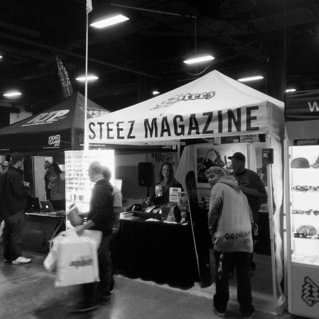 Last day of expo. Stop by for some deals. Giving away a @neversummerindustries deck and @flatoutbread all day. #steezmagazine
