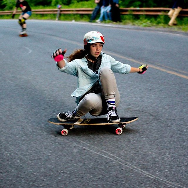 Go to www.longboardgirlscrew.com and check LGC USA rider @lewis_molly's latest edit. Style always! Harfang photo.  #longboardgirlscrew #girlswhoshred #mollylewis