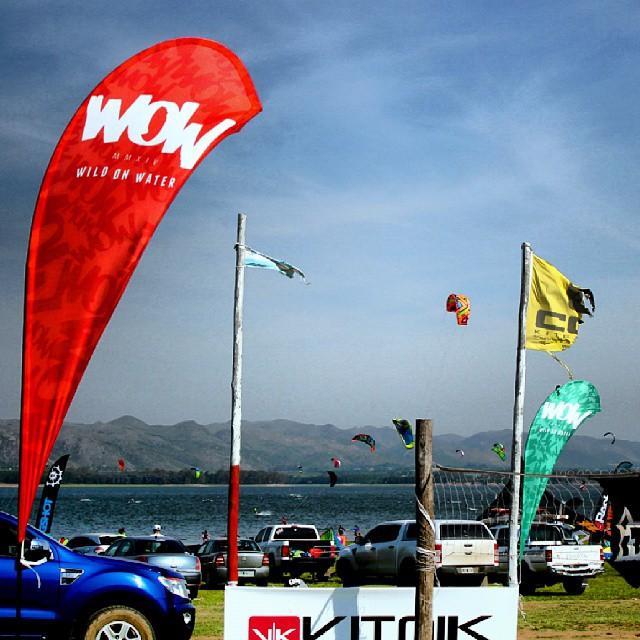 Asi estuvo el evento de apertura de Makani Beach en cordoba como siempre #wow estuvo apoyando #kitesurfing #2k14