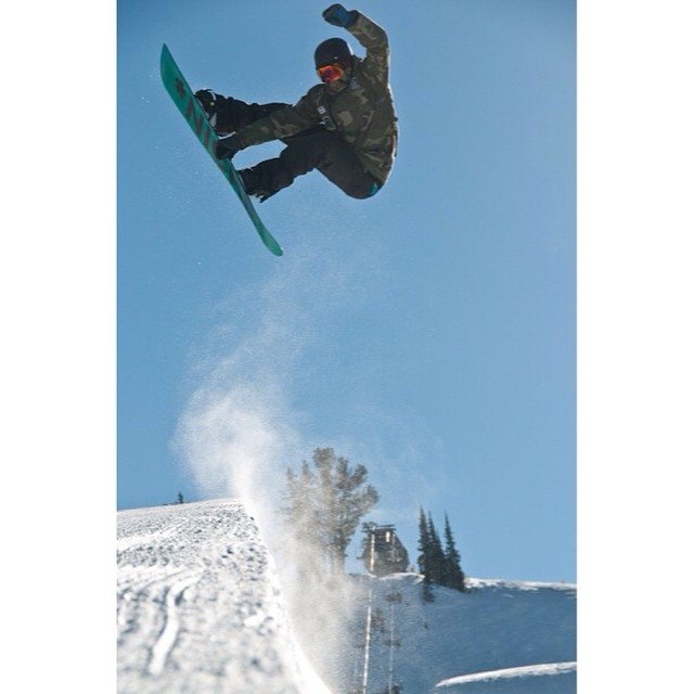 @thehighestmtn boosting out of the pipe last year at @brightonresort...we're getting stoked for some sunny park/pipe laps soon...