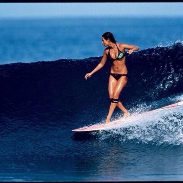 Jueves de #ReefOlas Mancora (Perú) Desde hace años que Máncora se ha transformado en el paso obligado de turistas, gracias a su magia, sus extensas playas de arena blanca, sus delicias gastronómicas, como también sus excelentes olas para la práctica...